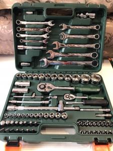 Набор инструментов на 82 предмета